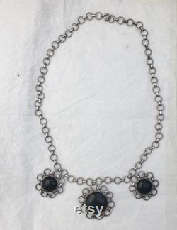 1960s Jade Silver Austrian Flower Design Chain Necklace Vintage Dark Forest Green Circular Links