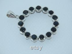 8 Ct Natural Australian sapphire 925 Silver pendant