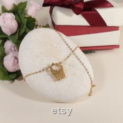 Gold giraffe 14k, Solid Gold love pendant, solid gold necklace, giraffe gift, giraffe charm jewelry